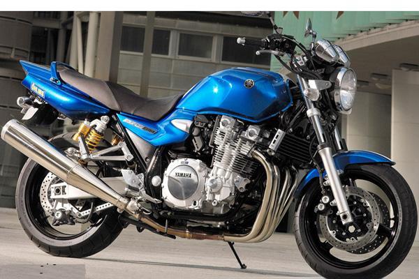 雅马哈品牌摩托车价格 雅马哈XJR1300特价大甩卖 广东深圳市雅马哈图片